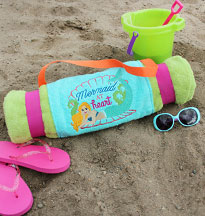 Free project instructions to create a Beach Towel Roll-Up