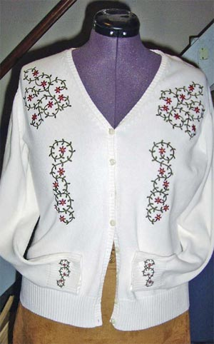 f20c7d2d91 Suzanne used her Viking Designer SE to embroider this beautiful cardigan.  Click here to read about it.