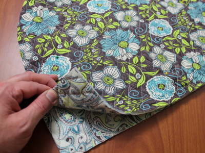 Free project instructions for embroidering a tea cozy.