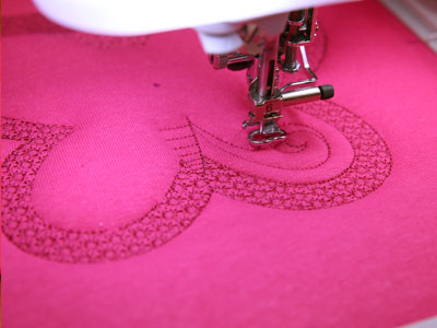 Free project instructions to embroider trapunto designs.