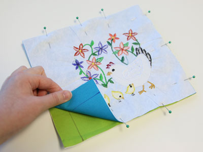 Free project instructions to create a fabric storybook.