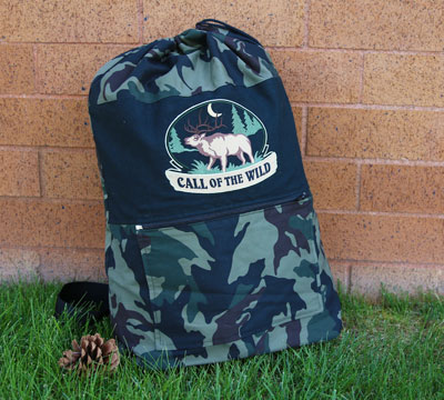 Free project instructions to create a camo carryall.