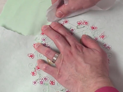 Free project instructions to embroider on quilter's cotton.