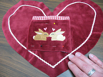 Free project instructions to create a love note pillow.