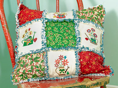 Free project instructions to make a rag quilt tree skirt.