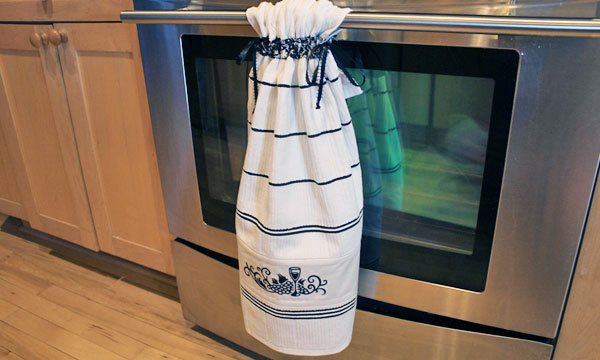Free Project Instructions To Embroider A Stay Put Kitchen Towel. Part 71