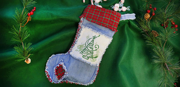 Machine embroidery designs at embroidery library embroidery library free project instructions to embroider a rag quilt stocking solutioingenieria Images
