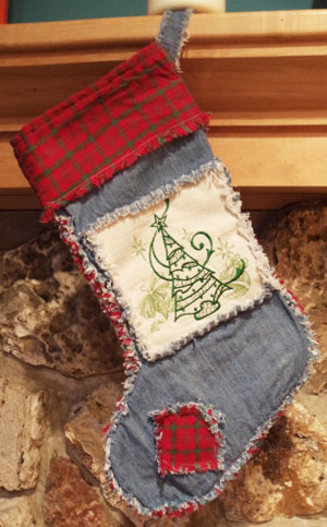 Free project instructions for a machine embroidery design rag quilt Christmas stocking.