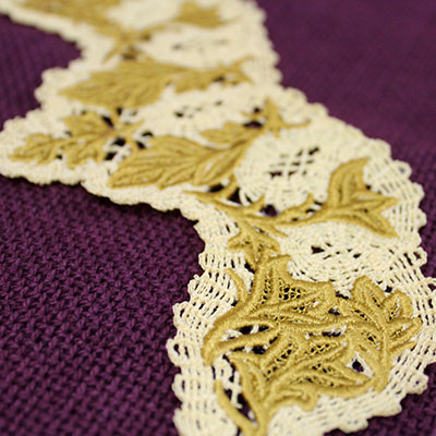 Free project instructions on how to embroider battenburg lace designs.