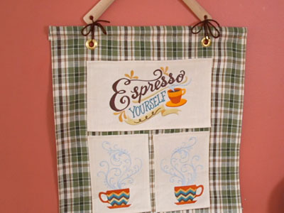 Free project instructions to create a country kitchen wall hanging.