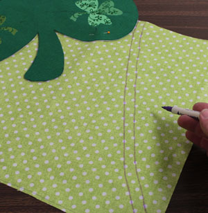Free project instructions for a machine embroidered St. Patrick's Day shamrock apron.