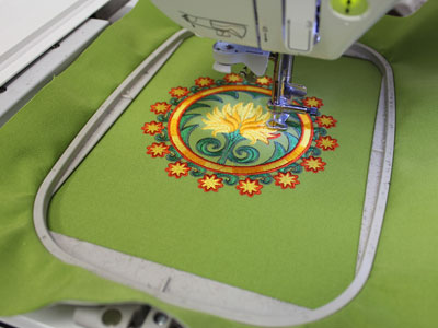 Free project instructions on how to embroider on outdoor fabric.