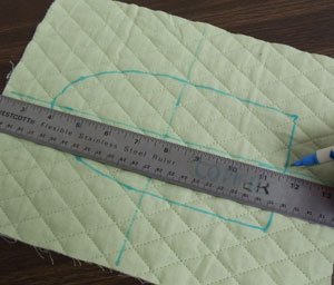 Free project tutorial for an embroidered pan handle protector.