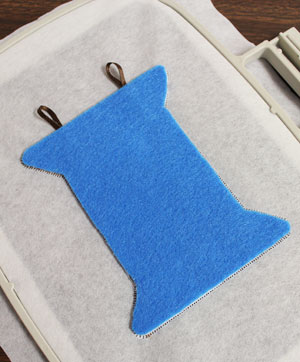 Free project instructions to stitch in-the-hoop Spool of Thread Alphabet letters and projects.