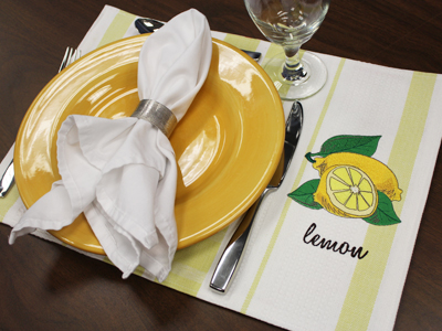 Free project instructions on how to turn a tea towel into a placemat.