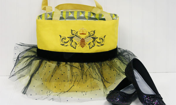 Free project instructions to create a tutu tote.