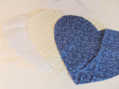 Free project instructions to create a heart-shaped potholder.