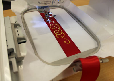 Free project instructions for how to embroider on ribbon.