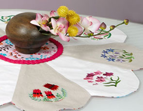 Embroidery Library - Pretty Petals Table Topper