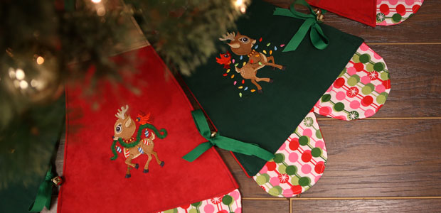 3f196d05535 Free project instructions to embroider a jingle all the way Christmas tree  skirt.