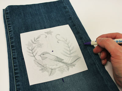 Free project instructions to embroider blue jean baskets.