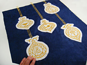 Free project instructions to make an All is Bright Banner