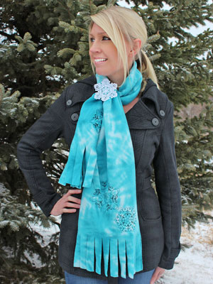 Free project instructions to make a scarf in a cinch