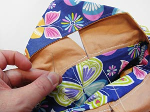Free project instructions to make a nifty knot bag!