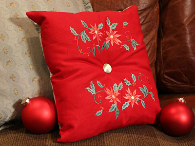 Free project instructions for making an elegant tufted pillow.