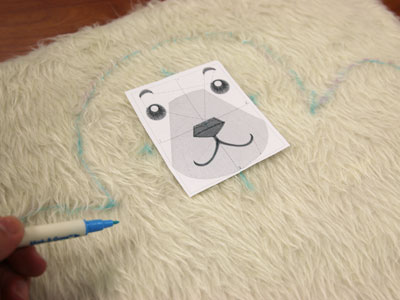 Free project instructions on how to create a cuddly teddy bear.