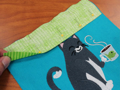 Free project instructions to create a buttoned-up apron.