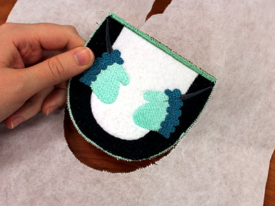 Free project instructions to make stocking stuffers in the hoop.