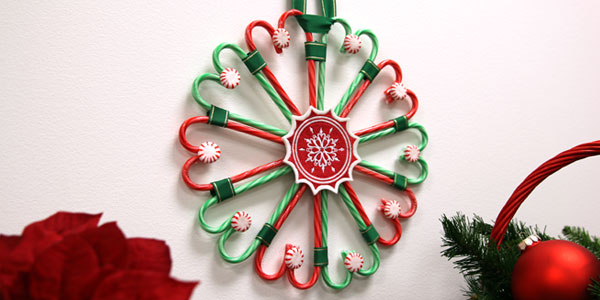 Free project instructions to create a candy cane wreath.