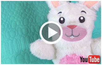 Free project instructions to create a stuffed bunny.