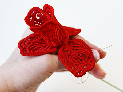 Free project instructions to create a 3D Freestanding Lace Tulip.