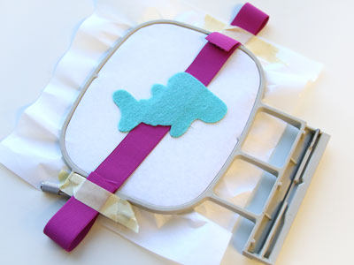 Free project instructions to create a In-the-Hoop Crafty Cut Critters