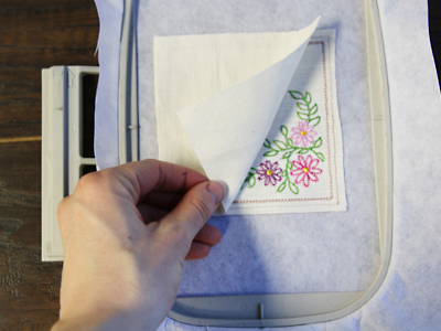 Free project instructions to create stitch and turn coasters, in-the-hoop..