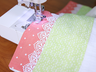 Free project instructions for creating a lacy and lovely kitchen towel