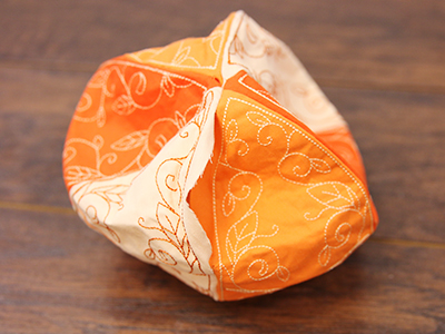 Free project instructions for creating in-the-hoop stuffed pumpkin.