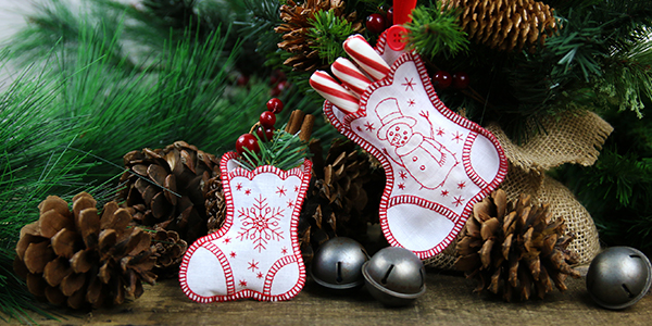 Free project instructions to create an in-the-hoop heirloom stocking.