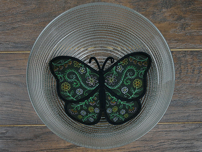 Free project instructions for creating a freestanding butterfly, in-the-hoop.