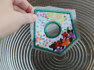 Free project instructions for creating a 3D Fabric Birdhouse.