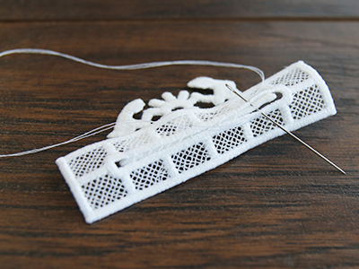Free project instructions for creating a 3D Lace Nativity Ornament.