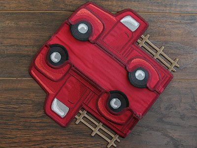 Free project instructions for creating an in-the-hoop 3D Classic Retro Truck..