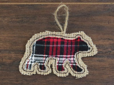 Free project instructions to create a rustic ornament in-the-hoop.