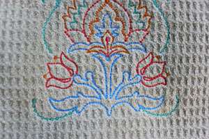 Tips for embroidering on muslin.