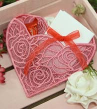 Free Project Instructions - Freestanding Lace Heart Pocket