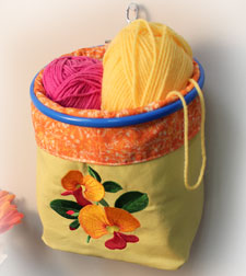 Free project instructions to make a plastic bag holder.