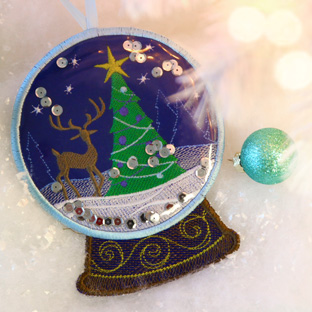 Embroidery Library - Reindeer Snowglobe Ornament (In-the-Hoop)
