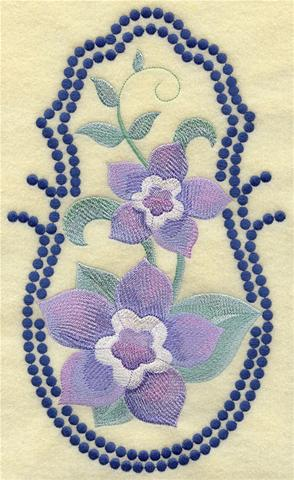 Forget-me-nots machine embroidery design with candlewicking border.